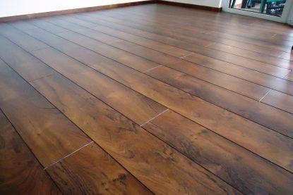 Laminátová-plovoucí-podlaha-3