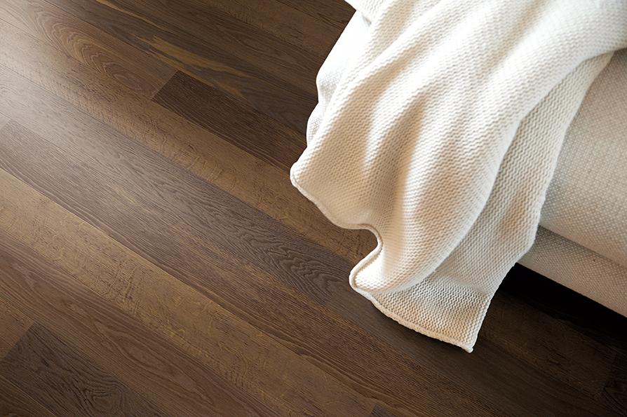 Classic Oak smoked Plank Live Pure